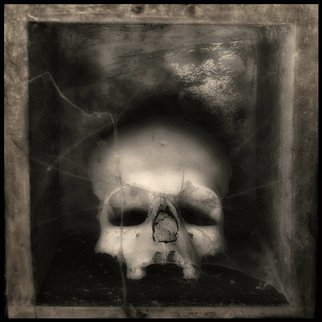 Augusto De Luca; skull 7 - by augusto de luca, 2017, Original Photography Black and White, 1.1 x 1.1 inches.