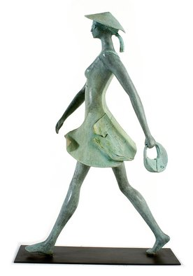 Carolina Rodriguez; La Impulsiva, 2008, Original Sculpture Bronze, 56 x 88 cm.