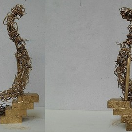 Emilio Merlina, , , Original Sculpture Mixed, size_width{the_Queen_is_back-1399300499.jpg} X 23 cm