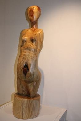Nadine Amireh; Untitled, 2013, Original Sculpture Wood, 28 x 100 cm.