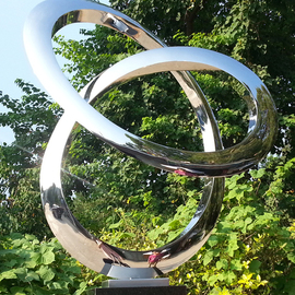 Wenqin Chen Artwork Infinity Curve No2, 2006 Steel Sculpture, Abstract