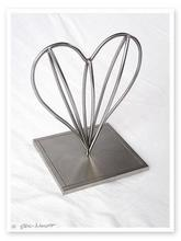 - artwork Heart-1101397432.jpg - 2004, Sculpture Steel, Love