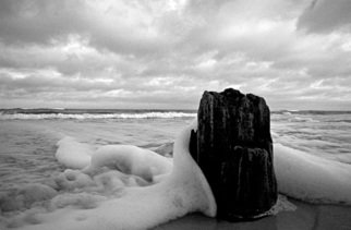 Thomas Gulla Artwork Tsunami X, 2008 Black and White Photograph, Landscape