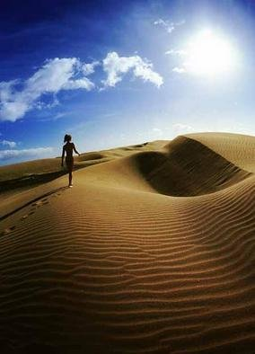 Artist: Jonathan Charles - Title: Eve dune - Medium: Color Photograph - Year: 2004