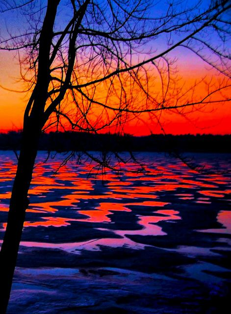 7124e65b6a Artist Mark Goodhew. 'Winter Lake Sunrise' Artwork Image, Created in 2015,