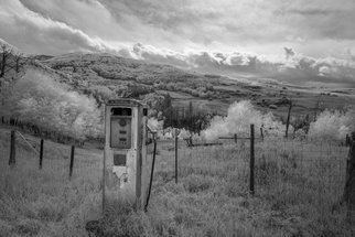 Jon Glaser Artwork Fuel the Valley, 2014 Black and White Photograph, Landscape