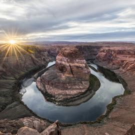 Jon Glaser Artwork light at horsheshoe bend, 2017 Color Photograph, Landscape