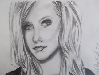 Pencil Drawing by Nicole Pereira titled: Avril Lavigne, 2013