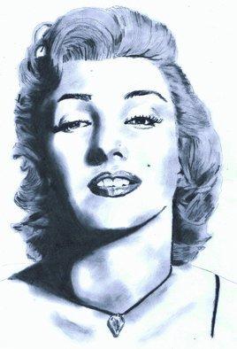 Pencil Drawing by Paul Jones titled: Marilyn Monroe, 2014