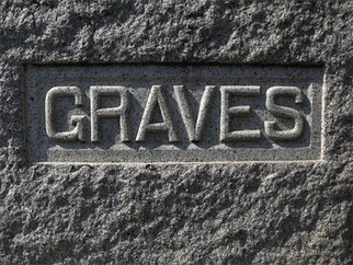 Artist: Robert Reinhardt - Title: Graves - Medium: Color Photograph - Year: 2009