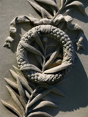 Artist: Robert Reinhardt - Title: Laurle Hill Stone Wreath - Medium: Color Photograph - Year: 2009