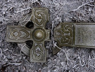 Artist: Robert Reinhardt - Title: Split Celtic - Medium: Color Photograph - Year: 2006