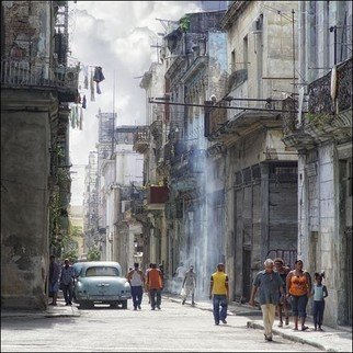 Color Photograph by Rolando Angel titled: C09 007  Calles Brasil y Villegas, 2009
