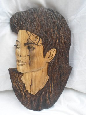 Wood Sculpture by Stefan Irofte titled: Sculpture Wood Michael Jackson, 2014