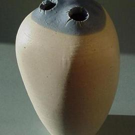 Small vase 9 picture 1 of 4
