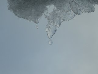 Artist: Debbi Chan - Title: a drop - Medium: Color Photograph - Year: 2012