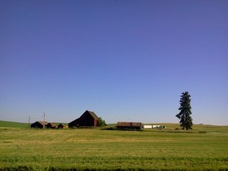 Debbi Chan Artwork small farm in Idaho, 2013 Color Photograph, Farm