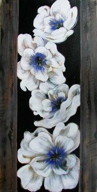 Artist: Sulakshana Dharmadhikari - Title: floral - Medium: Acrylic Painting - Year: 2009